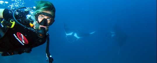 Open Water Student with Manta rays